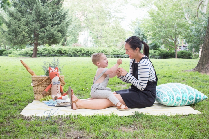 2 year old W's Picnic Session in HamiltonPark